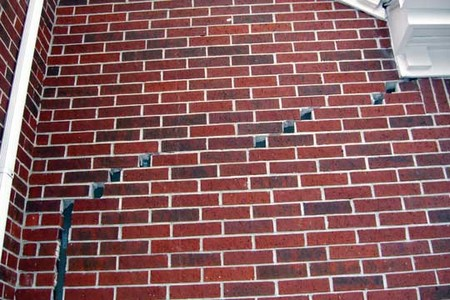 Fill Cracks in Brickwork