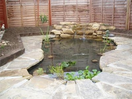How to construct a concrete pond for Concrete garden pond