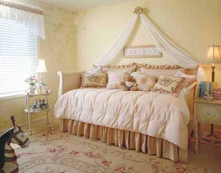 Decorate Childs Bedroom