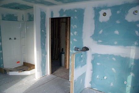 How to install drywall in your bathroom What sheetrock to use in bathroom