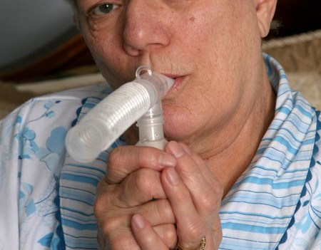 Adults Manage Asthma