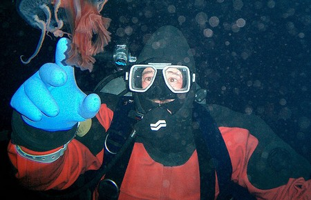 How to Choose Hoods and Gloves for Scuba Diving  Hoods and Gloves Scuba Diving