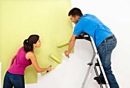 How to Paint a Wall  couple painting wall