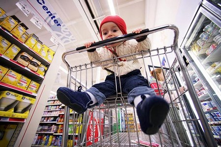 How to Manage Shopping with Children Shopping with Children
