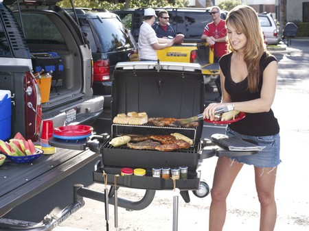 How to Make a Enjoyable Tailgate Party Tailgate Party