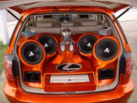 How To Buy A Car Stereo Speaker