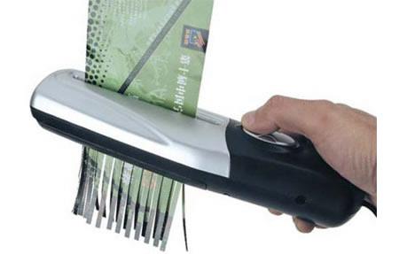 How to Use a Paper Shredder Use Paper Shredder