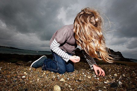 How to Enjoy Outdoor Activities  Collecting seashells