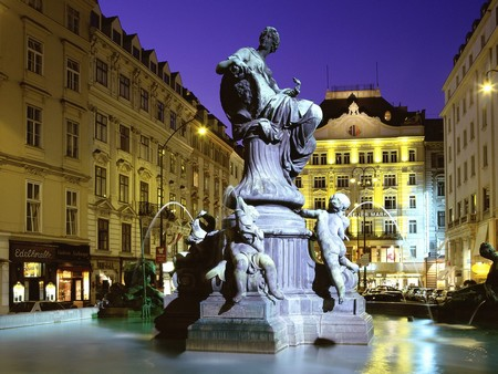 How to Time your Trip to Vienna Donnerbrunnen Fountain Vienna Austria