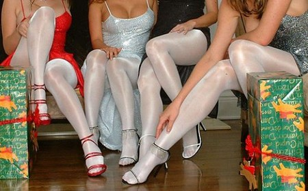 Pantyhose ladies assist