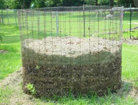 How to Make a Good Compost Heap in an Organic Garden  Organic Garden 5