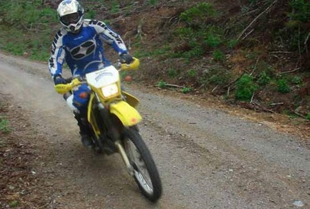 how to ride a manual dirt bike