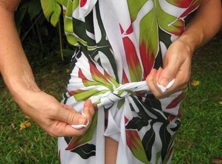 How to Tie a Sarong Tie a Sarong