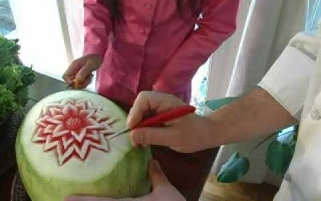 How to Carve Fruit  Carve Fruit 5