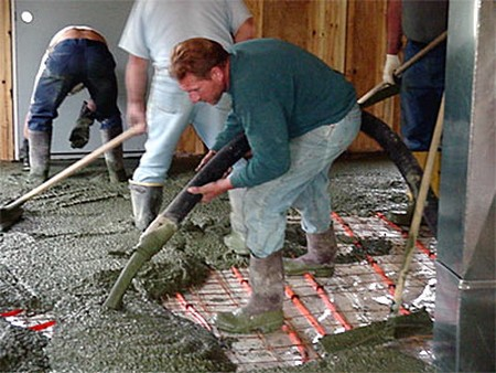 How to pour a concrete slab for Pouring your own concrete driveway