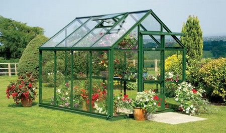How to Use a Greenhouse Greenhouse2