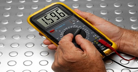 How to Use a Voltmeter Use Voltmeter