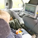 How to Entertain Kids in the Car