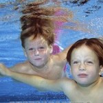 How to Teach a Child Staying under the Water
