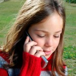 How to Choose a Cell Phone Plan for the Kids