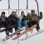 How to Ride the Snowboard With Chair Lifts